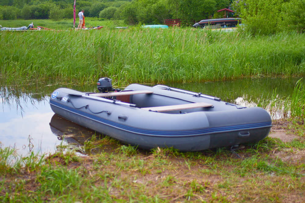 аренда моторной лодки